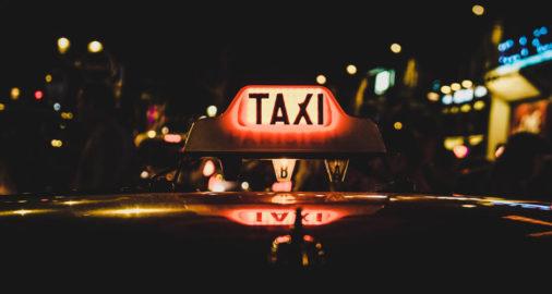 leggi per i taxi