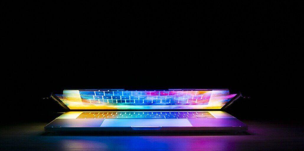 Si alzi l'aliquota del 3% ai giganti del web